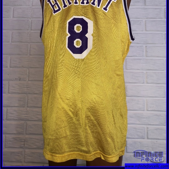 various colors 62e9f ebe8d Champion Lakers Bryant #8 Jersey - XL